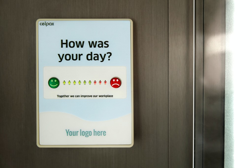guest survey to measure guest experience
